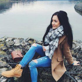 Wybierz płaszcze na wiosnę z Joasią z Must Have Fashion