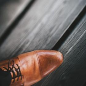 Męskie obuwie na płaskiej podeszwie