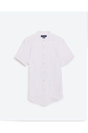 Mężczyzna Koszule - Zara KOSZULA Z PIKI ZE STÓJKĄ - Dostępny w innych kolorach