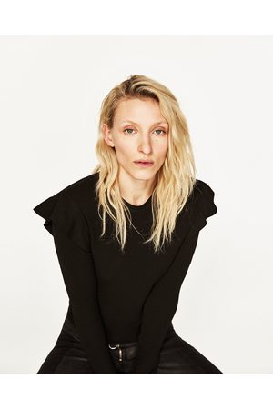 Kobieta Swetry i Pulowery - Zara SWETER Z FALBANKAMI PRZY RAMIONACH - Dostępny w innych kolorach