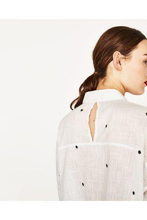Kobieta Koszule - Zara KOSZULA OVERSIZE Z HAFTEM - Dostępny w innych kolorach