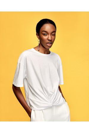 Kobieta T-shirty - Zara KOSZULKA Z WIĄZANIEM - Dostępny w innych kolorach