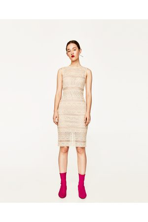 Kobieta Sukienki - Zara KORONKOWA SUKIENKA O KROJU OŁÓWKOWYM