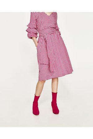 65f1a01bde11 kratke damskie odzież Zara