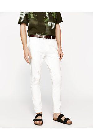 Mężczyzna Zara A - Dostępny w innych kolorach