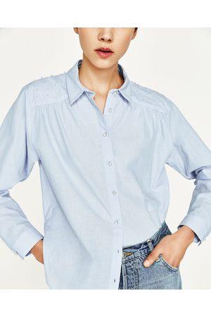 Kobieta Koszule - Zara KOSZULA Z GUZIKAMI TYPU PEREŁKI