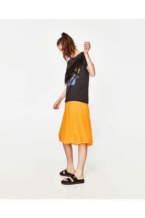 Kobieta T-shirty - Zara KOSZULKA Z FALBANKĄ Z ORGANZY
