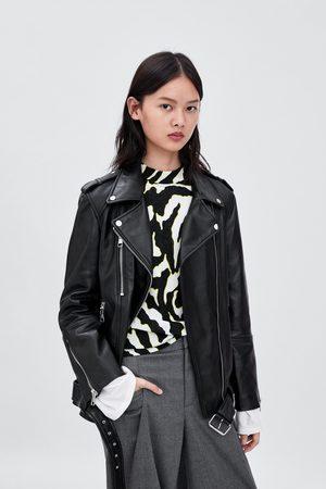 modne damskie kurtki skórzane Zara, porównaj ceny i kup online