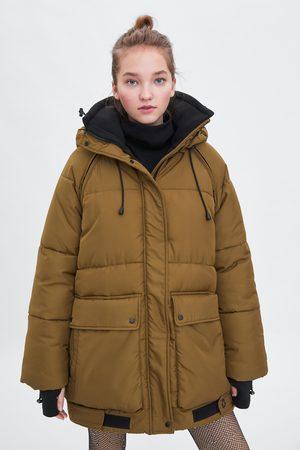 Zara Pikowany płaszcz z kolekcji kapsułowej recycled