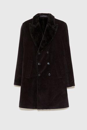 Zara Sztruksowy płaszcz z łączonych tkanin
