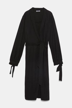 Zara Sukienka koszulowa o kopertowym kroju