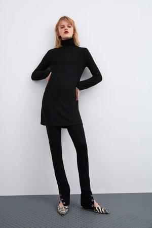 Zara Sukienka z przyjemnej w dotyku tkaniny z kolekcji basic