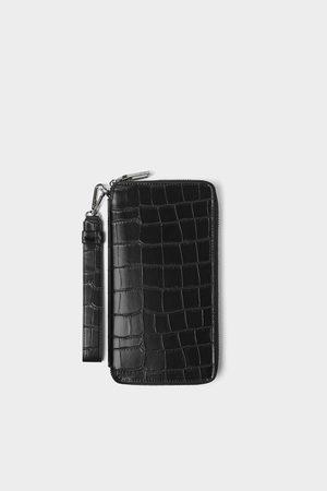 Zara Czarna portmonetka xl z tłoczeniem imitującym skórę krokodyla