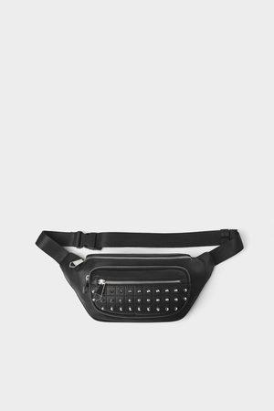 Zara Czarna torebka typu nerka z ćwiekami