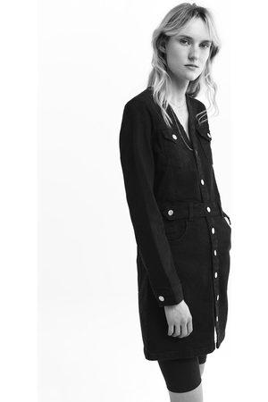 Zara Sukienka jeansowa z paskiem z kolekcji z1975