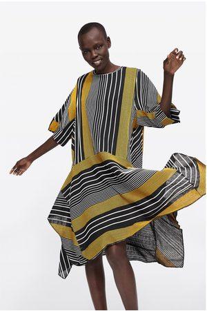 Zara Asymetryczna sukienka w paski