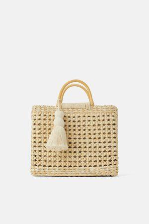 Zara Torba typu shopper z materiałów naturalnych z drewnianymi rączkami