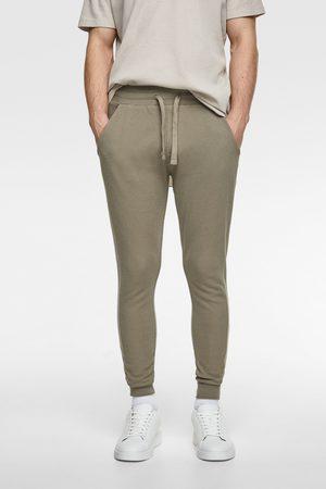 Zara Spodnie joggery z tkaniny strukturalnej
