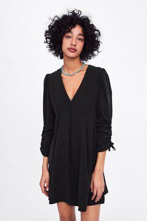 Zara Sukienka z marszczonymi rękawami