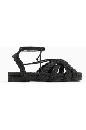 Zara Sznurowane sandały z plecionki jutowej