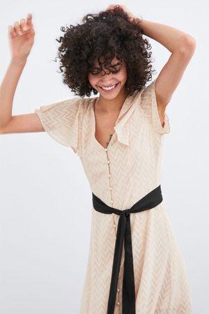 Zara Sukienka z tkaniny plumeti