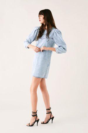 Zara Sukienka jeansowa z bufiastymi rękawami