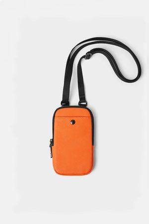 Zara Etui na telefon komórkowy z kolekcji basic