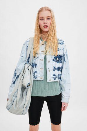 Zara Kurtka jeansowa o krótszym kroju farbowana metodą tie & dye