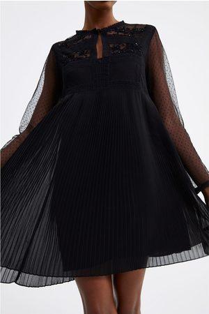 Zara Plisowana sukienka z łączonych tkanin