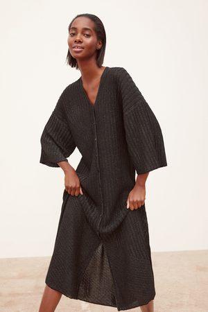 Zara Dzianinowa sukienka z błyszczącymi akcentami