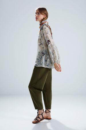 Zara Bluzka z haftem i nadrukiem w kwiaty