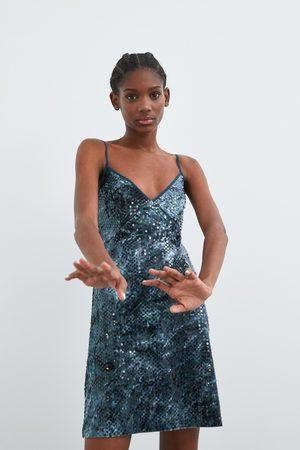 Zara Sukienka z cekinami farbowana metodą tie & dye