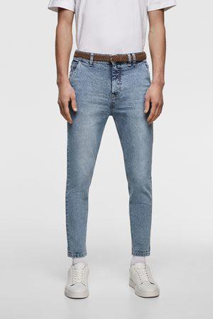 Zara Spodnie jeansowe o marchewkowym kroju i krótszym fasonie