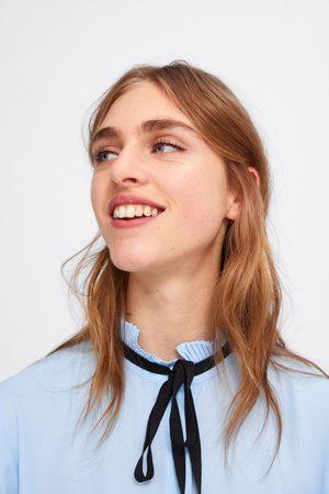 Zara Bluzka z wiązaniem z łączonych tkanin