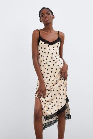 Zara Sukienka w stylu bieliźnianym w kropki