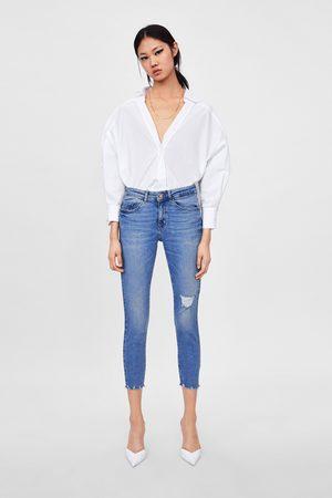 Zara Spodnie jeansowe rurki z rozdarciami z kolekcji z1975