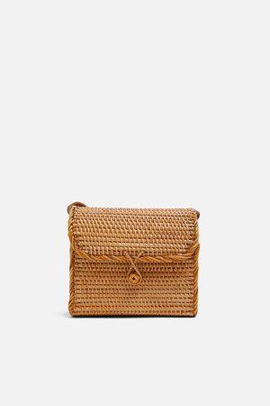 Zara Kobieta Torebki - Torebka typu kuferek z plecionki