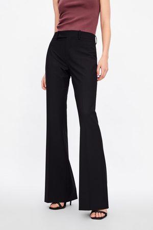 Zara Kobieta Spodnie - Spodnie z rozszerzanymi nogawkami