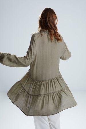 Zara Krótka sukienka z falbankami