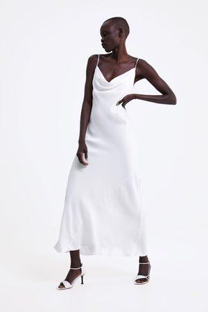 Zara Kobieta Sukienki - Sukienka w stylu bieliźnianym z tkaniny satynowanej