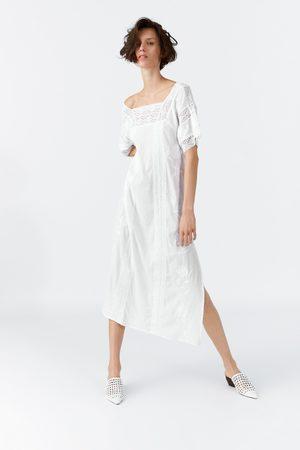 7b74e849df Zara Sukienka z półprzezroczystej tkaniny z haftem