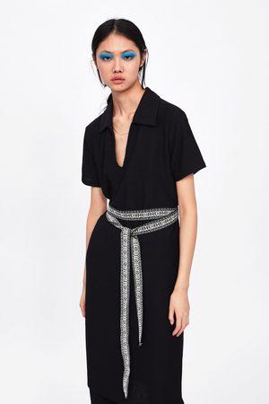 Zara Sukienka z tkaniny strukturalnej z kontrastowym paskiem
