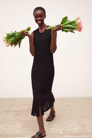 Zara Długa sukienka z frędzlami