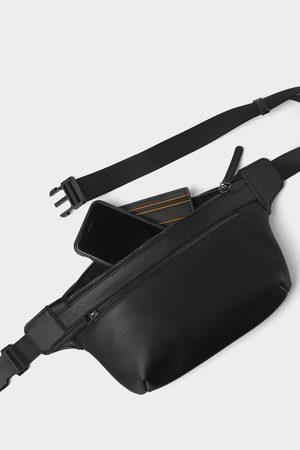 Zara Mężczyzna Saszetka nerka - Czarna torebka typu nerka z kolekcji basic