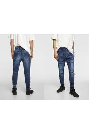 Zara Spodnie jeansowe joggery z przyjemnej w dotyku tkaniny