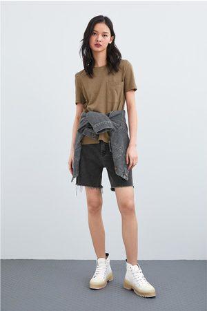 Zara Kobieta Z krótkim rękawem - Koszulka z kieszenią z kolekcji basic