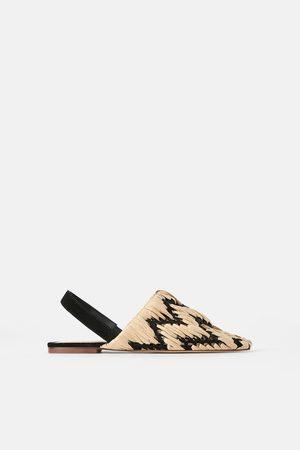 Zara Buty na płaskiej podeszwie z plecionki z odkrytą piętą