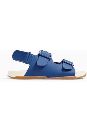 Zara Sportowe sandały z paskami