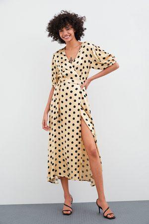 Zara Kopertowa sukienka w kropki