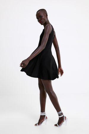 Zara Dzianinowa sukienka z koronką